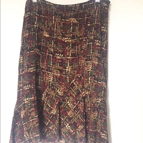 LOFT Dresses & Skirts - Ann Taylor Loft Skirt NWOT